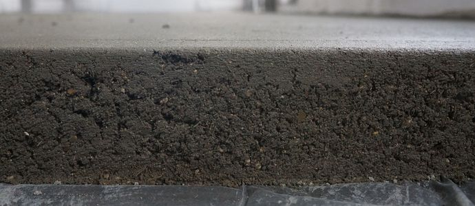 Цементно-песчанная стяжка для выравнивания деревянного пола