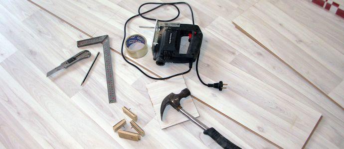 Необходимые инструменты для укладки ламината