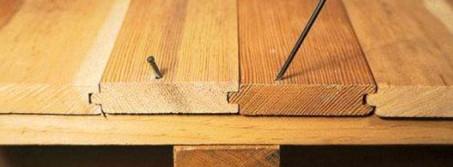 Как можно устранить скрип пола?