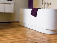 Полы в деревянном доме в ванной