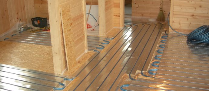 Подготовленный деревянный пол