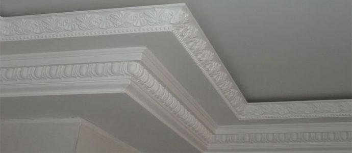 Отделка потолка изделиями из полиуретана