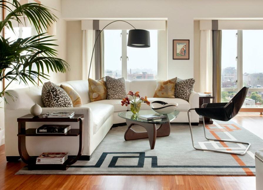 Белый диван в интерьере в гостиной фото