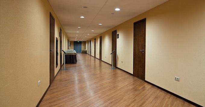 дизайн в коридоре офиса